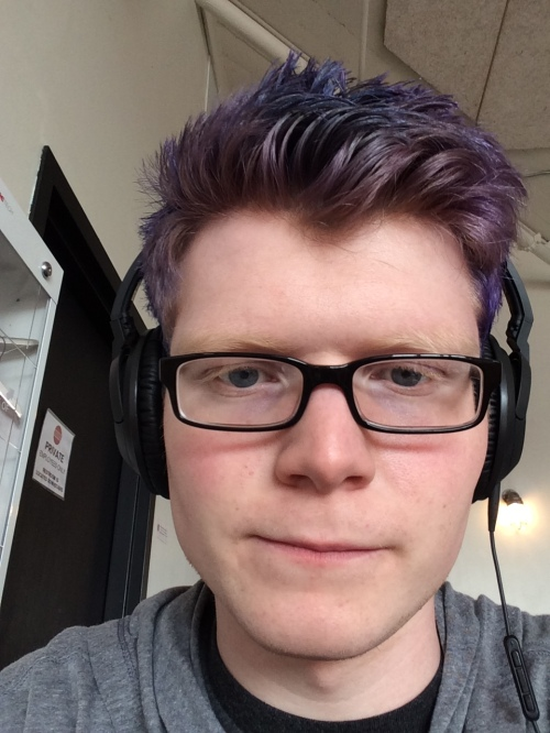After the first dyeing attempt, the hair faded to purple.